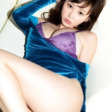 Anri Sugihara - Picture 2
