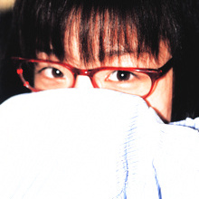 Yuko Ogura - Picture 9
